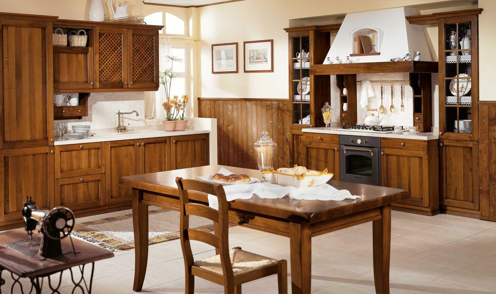Lucrezia - cucina classica - Negozio arredamento Venezia